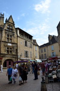 Sarlat: the world-famous gourmet paradise, has markets on Wednesday and Saturday